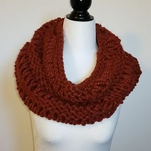 FREE with a bundle! HAND KNIT Chunky Scarf
